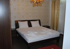 Hotel Adria International - พริชตีนา - ห้องนอน