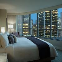 Vancouver Marriott Pinnacle Downtown Hotel Guest room