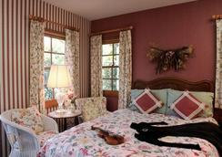 Bath Street Inn - ซานตาบาร์บารา - ห้องนอน