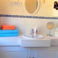 Rue Saint Jacques Guest House Bathroom