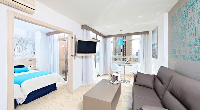 Marconfort Essence - Adults Only - Benidorm - Bedroom