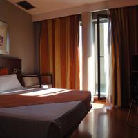 Eurohotel Barcelona Granvia Fira Guestroom