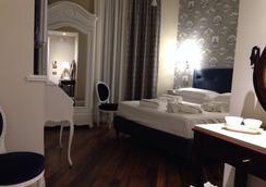 Dimora Bellini Luxury Hotel - ปาแลร์โม - ห้องนอน