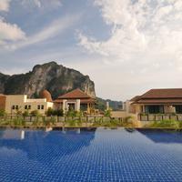 Aonang Cliff Beach Resort Exterior