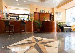 Hotel Ivonne Garnì - ริมินี - แผนกต้อนรับส่วนหน้า