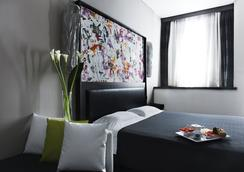 Twentyone Hotel - โรม - ห้องนอน