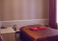 Standartoff Hotel - ออมสค์ - ห้องนอน