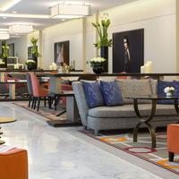 La Clef Tour Eiffel Lobby Lounge