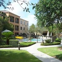 Courtyard by Marriott Houston Hobby Airport Exterior