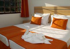 Albufeira Sol Hotel & Spa - อัลบูเฟย์รา - ห้องนอน