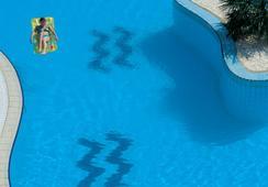 Hilton Sharks Bay Resort - ชาร์ม เอล ชีค - สระว่ายน้ำ