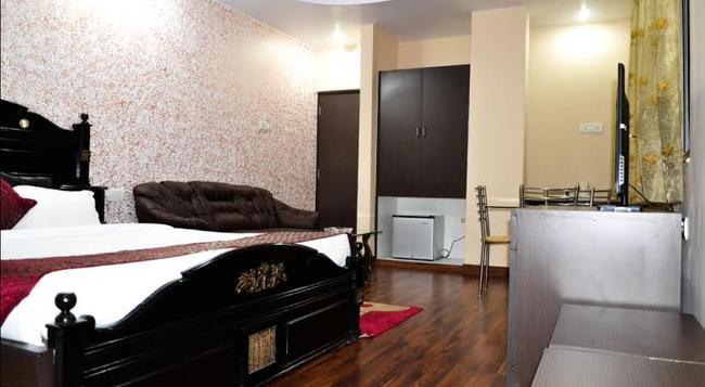 Hotel Blues Shivalik - Ranchi - Bedroom
