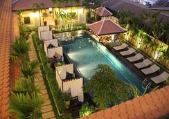 Residence Indochine D'angkor - เสียมเรียบ - สระว่ายน้ำ