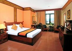 Pakse Hotel & Restaurant - ปากเซ - ห้องนอน