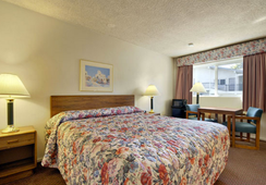 Ramada San Luis Obispo - ซาน หลุยส์ โอปิสโป - ห้องนอน