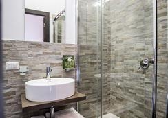 San Pietro Leisure And Luxury - โรม - ห้องน้ำ