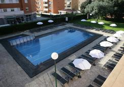 Fenals Garden - ลอเร็ต เดอ มาร์ - สระว่ายน้ำ