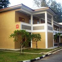 Scout Inn Resort Hotel Front
