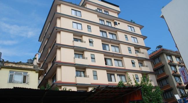 Fuji Hotel - Kathmandu - Building