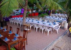 Sea Falcon Hotel - พัทยา - ร้านอาหาร