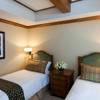 The Willows And Riva Ridge Guestroom