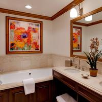 The Willows And Riva Ridge Bathroom
