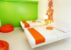 Islands Stay Hotels - Uptown - เซบู - ห้องนอน