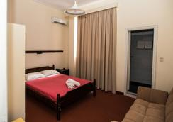 Byzantio Hotel - กาลามาตา - ห้องนอน