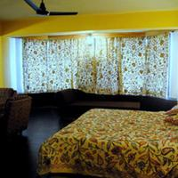Welcome Hotel at Srinagar Guestroom