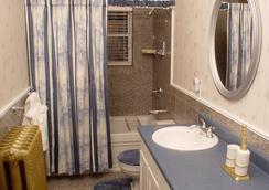 The St. Mary's Inn, Bed And Breakfast - โคโลราโดสปริงส์ - ห้องน้ำ
