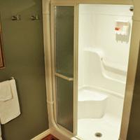 Forest Hill Bed and Breakfast Bathroom Shower
