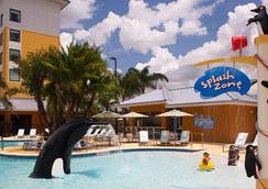 Springhill Suites by Marriott Orlando at Seaworld - ออร์แลนโด - สระว่ายน้ำ