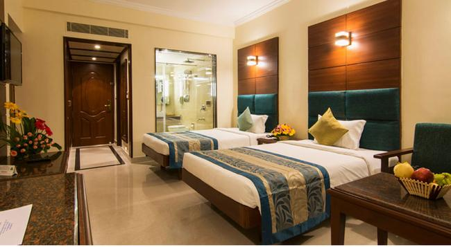 Shenbaga Hotel & Convention Centre - Puducherry - Bedroom