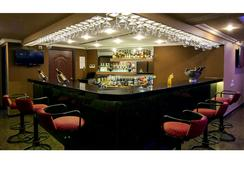 Shenbaga Hotel & Convention Centre - ปูดูเชร์รี - บาร์