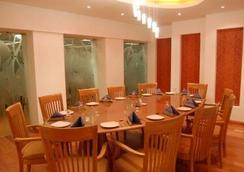 Privilege Inn - มุมไบ - ร้านอาหาร