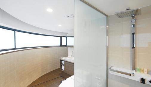 โรงแรมเซ็นทรัลมาร์ค - โซล - ห้องน้ำ