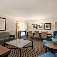 Wyndham Boston Beacon Hill Living Area