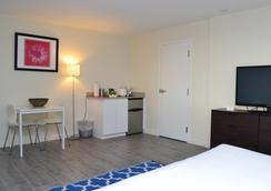 The Reef A North Beach Village Resort Hotel - ฟอร์ต ลอเดอร์เดล - ห้องนอน