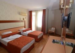 Kleopatra Dreams Beach Hotel - อลันยา - ห้องนอน