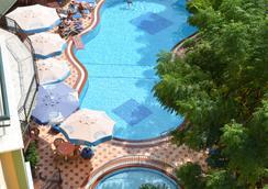Kleopatra Dreams Beach Hotel - อลันยา - สระว่ายน้ำ