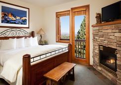 Juniper Springs Resort - แมมอธ เลกส์ - ห้องนอน