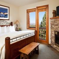 Juniper Springs Resort Guestroom