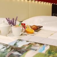 Kairos Garda Hotel Room Service - Dining