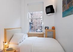Colonial House Inn - นิวยอร์ก - ห้องนอน