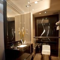 M2 de Bangkok Hotel Deluxe Room - Bathroom