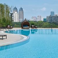 New World Shanghai Hotel Outdoor Pool