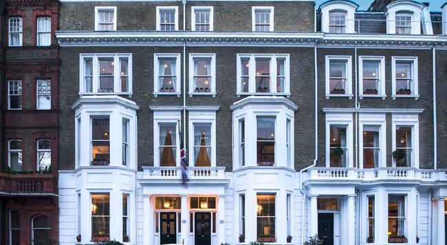The Cranley Hotel - London - Building