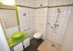 Fasthotel Limoges - ลิโมจส์ - ห้องน้ำ