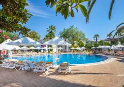 Vera Miramar Resort - โบดรัม - สระว่ายน้ำ