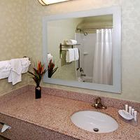 SpringHill Suites by Marriott Dallas NW Highway at Stemmons I-35E Guest room